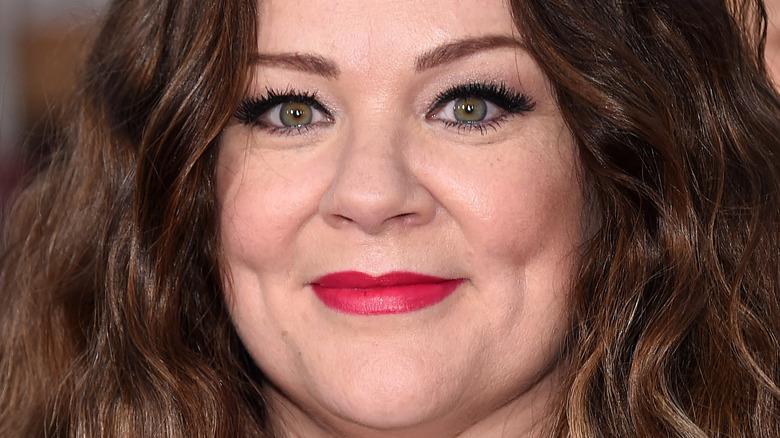 Melissa McCarthy red lipstick