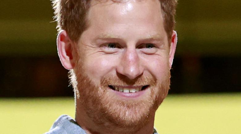 Prince Harry crooked teeth