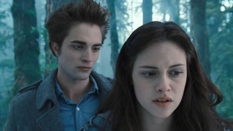 Robert Pattinson staring at Kristen Stewart in Twilight