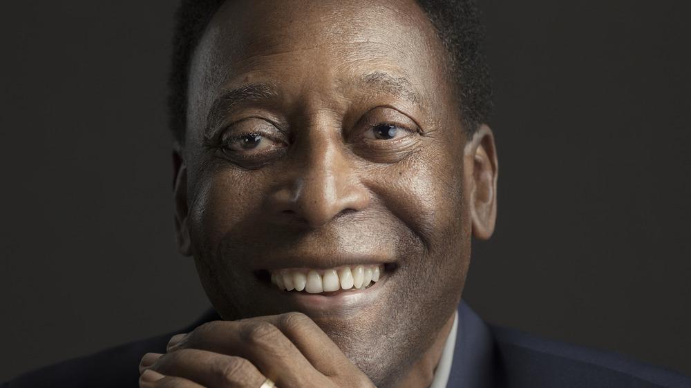 Pelé smiling and posing in 2018