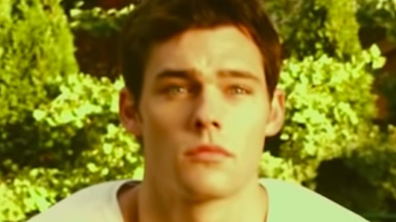 Holden Nowell in the Call Me Maybe music video