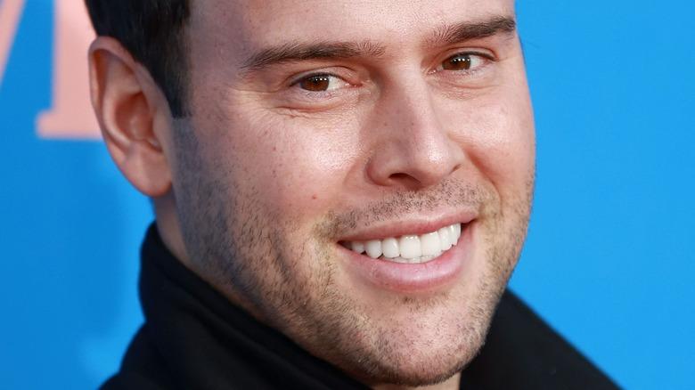 Scooter Braun smiling