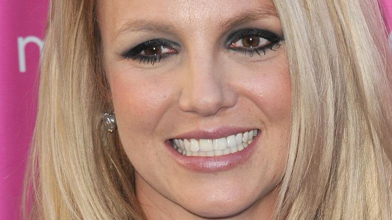 Britney Spears eye makeup