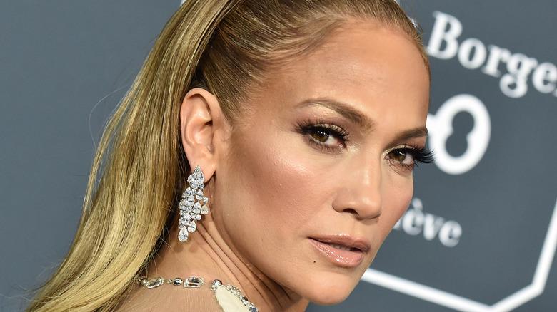 Jennifer Lopez posing, looking to side