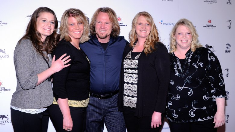 Sister Wives husband Kody Brown with his four wives (Meri, Janelle, Christine, and Robyn)
