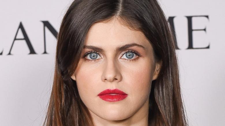 Alexandria Daddario red lipstick