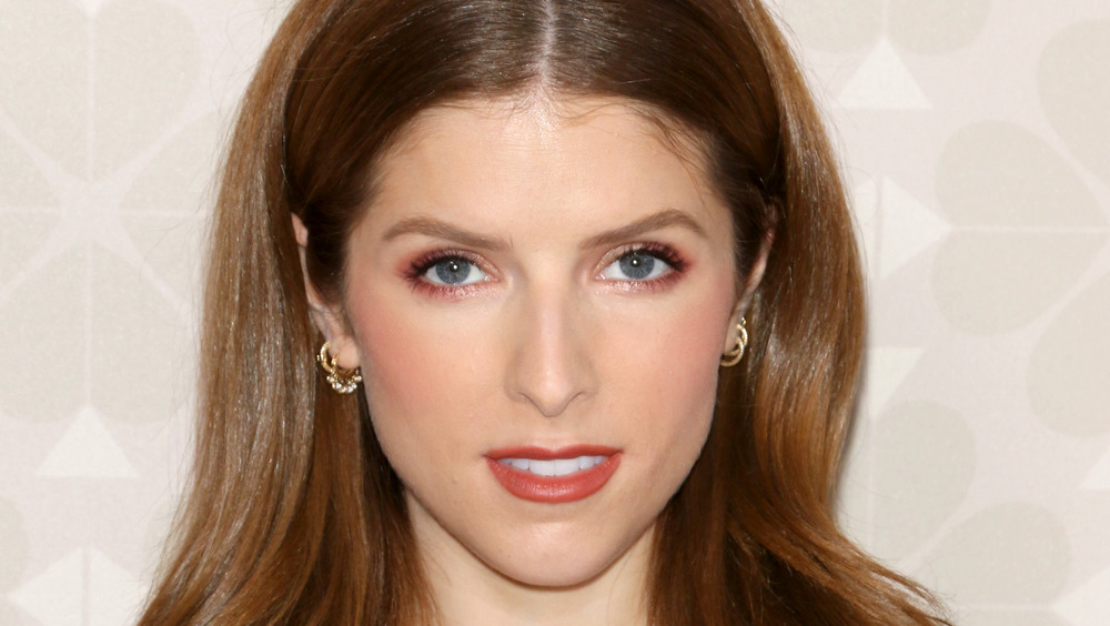 Anna Kendrick posing on the red carpet