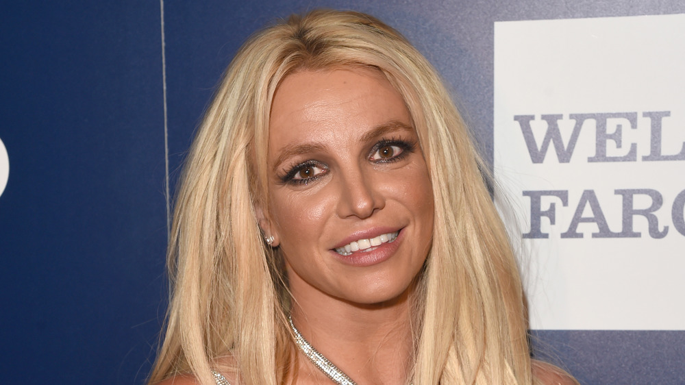 Britney Spears poses in 2018