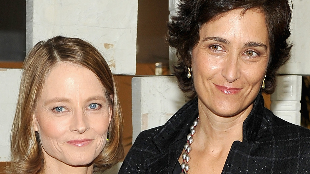 Jodie Foster and Alexandra Hedison posing
