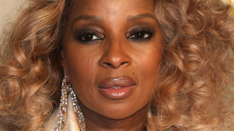 Mary J. Blige at event