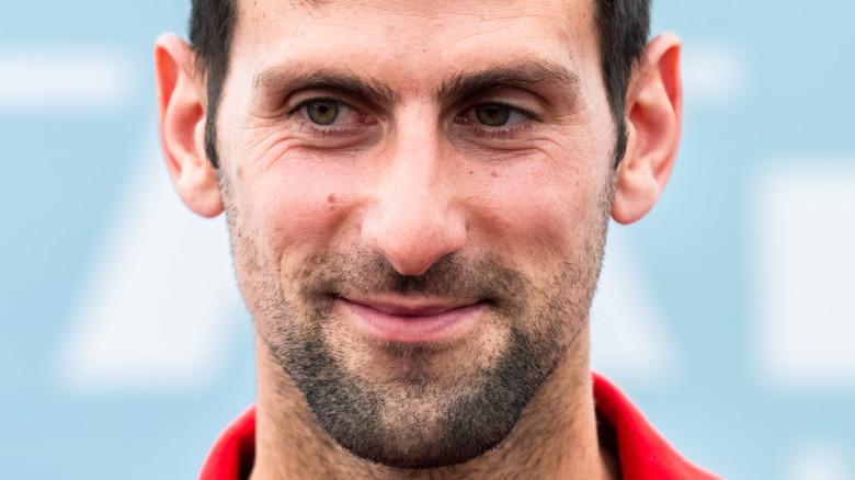 Novak Djokovik, posing