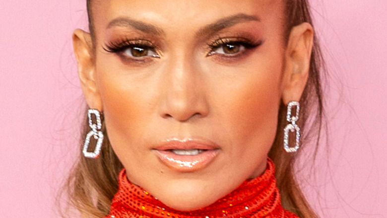 Jennifer Lopez staring