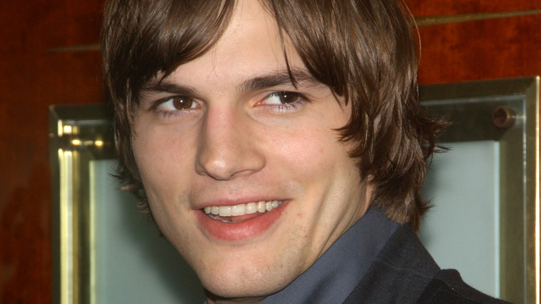 Ashton Kutcher smiles at Hollywood event