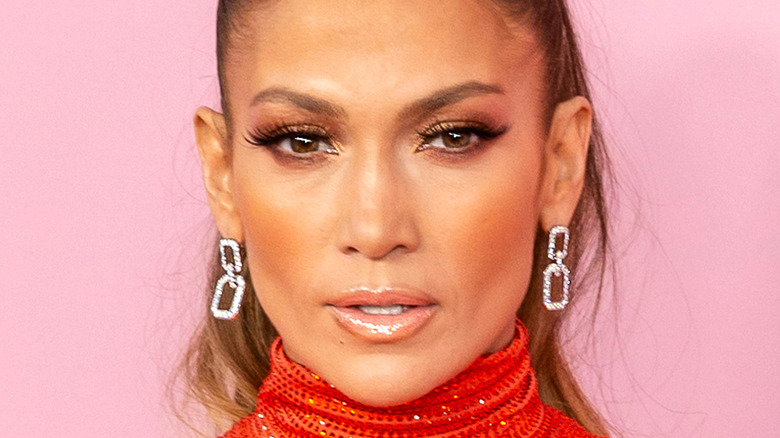 Jennifer Lopez nude lip