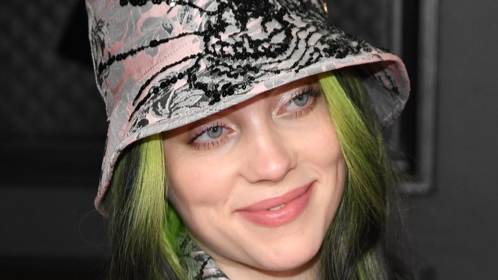 Billie Eilish wears a bucket hat at the Grammys