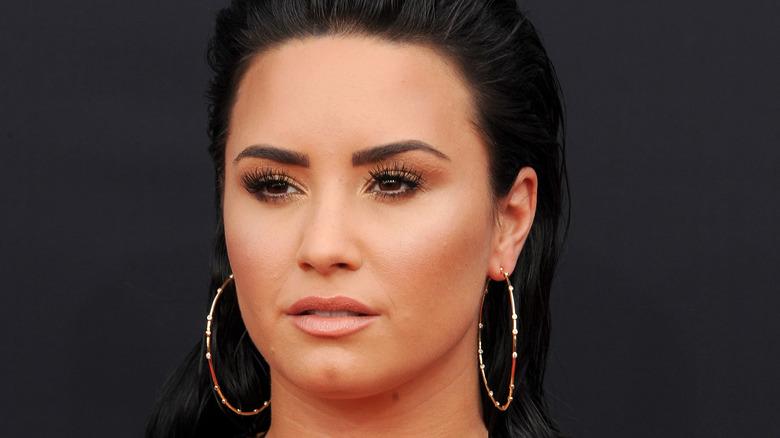 Demi Lovato posing at the 2018 Billboard Music Awards