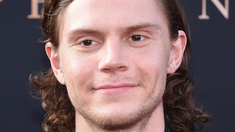 Evan Peters smiling