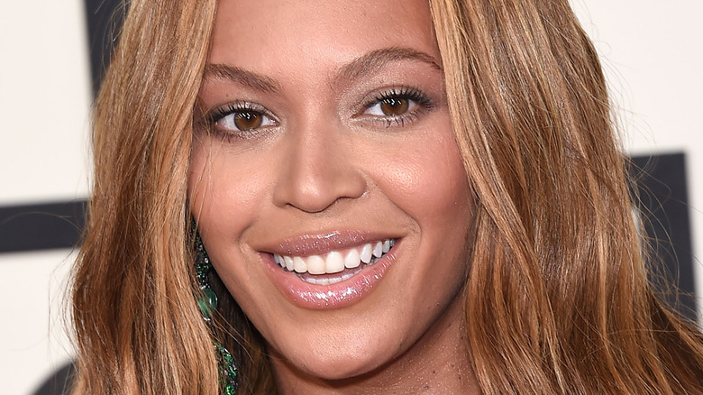 Beyonce smiling on the red carpet