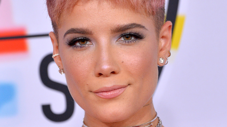 Halsey posing on the red carpet
