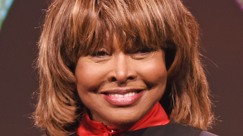 Tina Turner posing during an appearance in London, October 2017