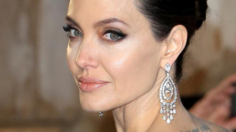 Angelina Jolie over the shoulder smile