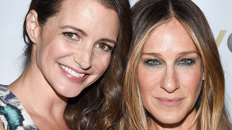 Sarah Jessica Parker and Kristin Davis smiling